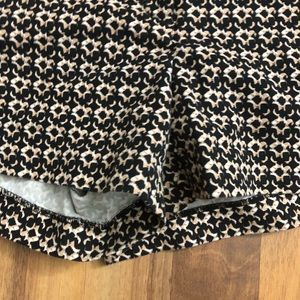 Cynthia Rowley Shorts - Cynthia Rowley Size 12 Beige Printed Shorts